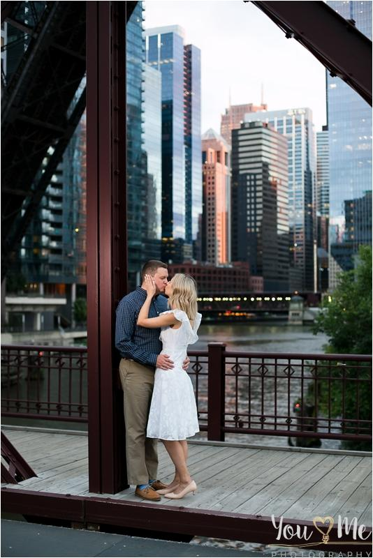 Perfect Lincoln Park Engagement Session